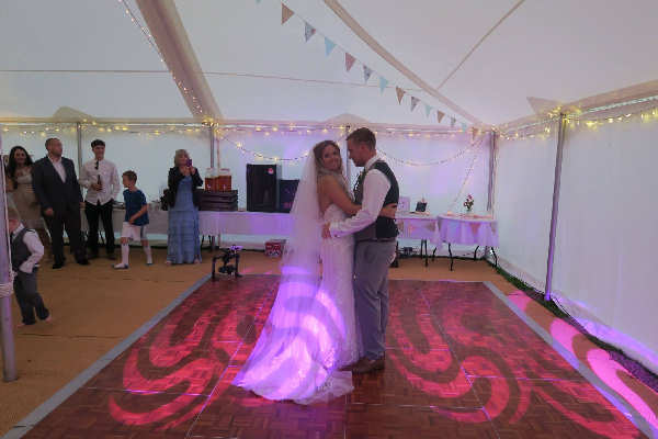 Poltair Holiday Barns First Dance
